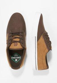 Etnies - Sneakersy niskie - brown/tan - 1