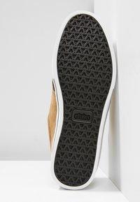 Etnies - Sneakersy niskie - brown/tan - 4