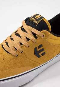Etnies - MARANA - Sneakers - yellow - 5
