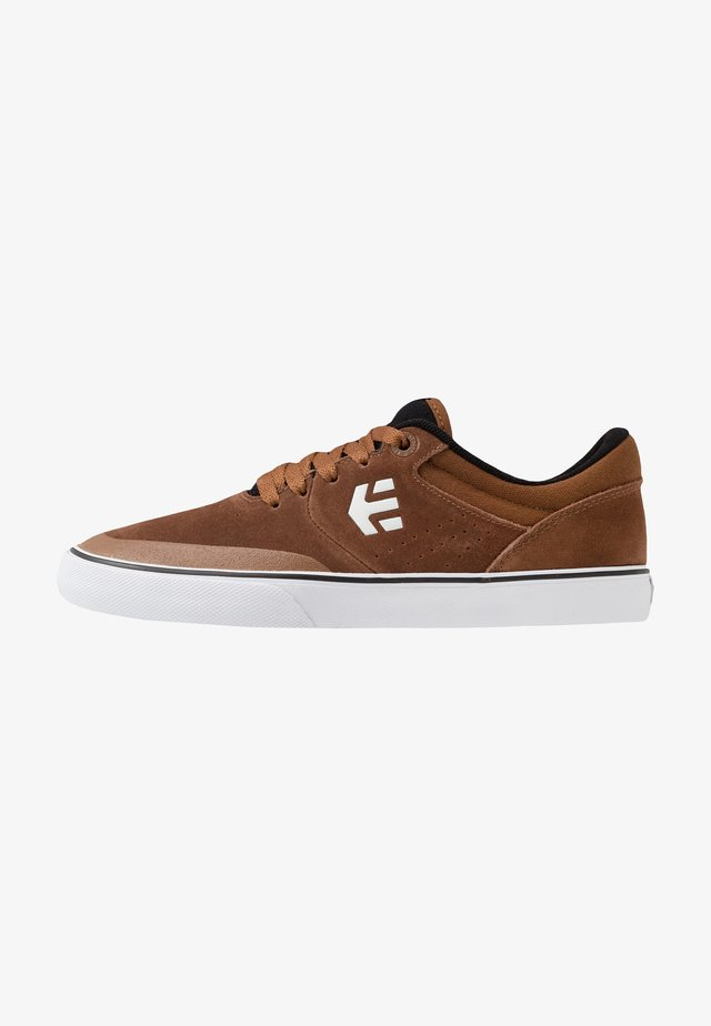 MARANA - Sneakers - brown