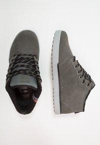 Etnies - JEFFERSON MTW - Scarpe skate - dark grey/grey - 1