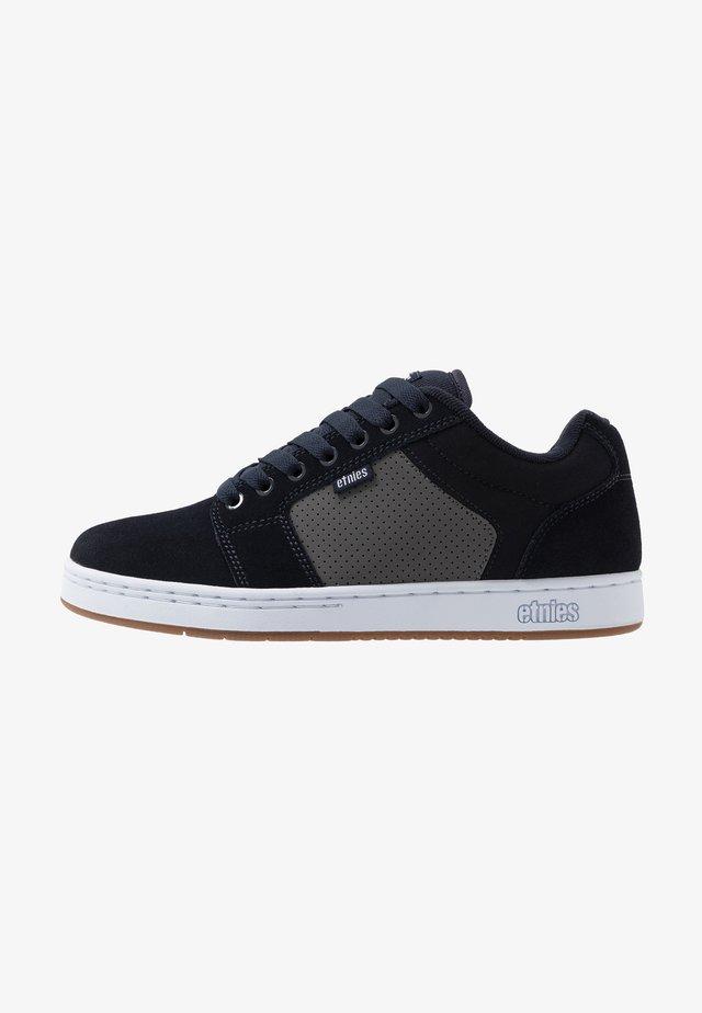 BARGE XL - Skateskor - navy/grey