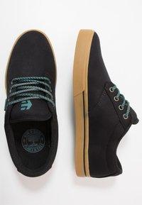 Etnies - JAMESON PRESERVE - Skateschoenen - black/green - 1