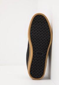 Etnies - JAMESON PRESERVE - Skateschoenen - black/green - 4