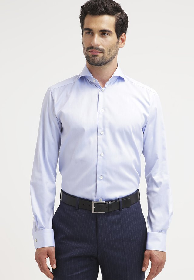 SLIM FIT - Business skjorter - blue