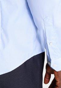 Eton - SUPER SLIM FIT - Formální košile - light blue - 4