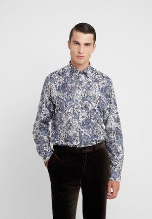 SLIM FIT - Skjorte - white