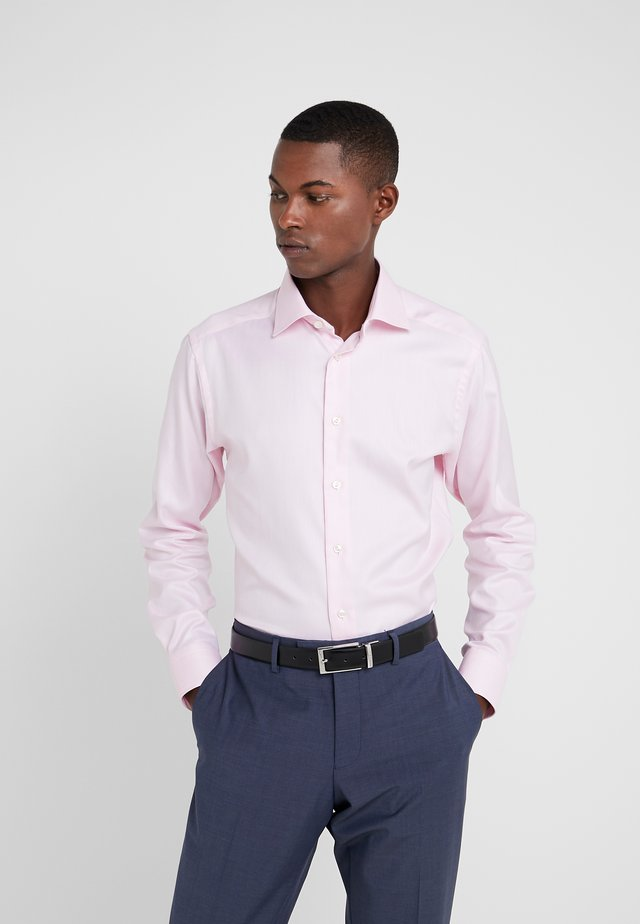 SLIM FIT - Formal shirt - pink/red