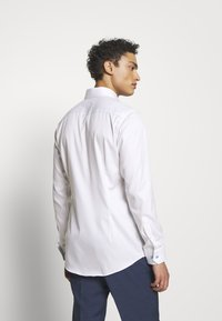 Eton - SLIM FIT - Business skjorter - white - 2