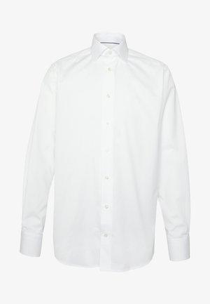 CONTEMPORARY  - Zakelijk overhemd - white
