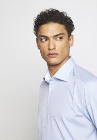 Eton - CONTEMPORARY  - Business skjorter - light blue - 4