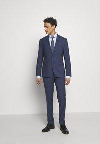 Eton - CONTEMPORARY  - Business skjorter - light blue - 1