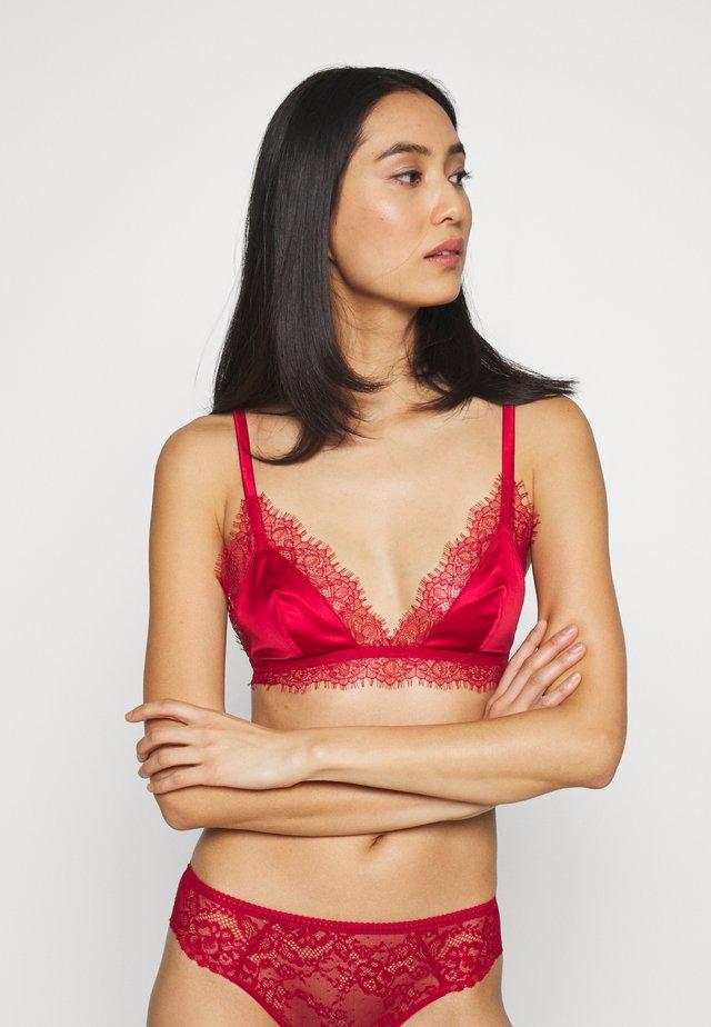 FEARLESS - Triangel-BH - rouge
