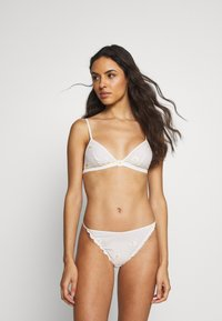Etam - SUNKISS - Triangle bra - blush - 1