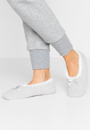 Pantofole - gris