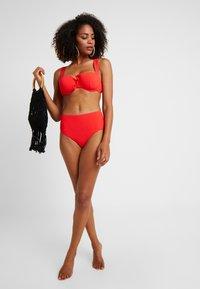 Etam - LUNE AMPLI - Bikinitopp - rouge - 1