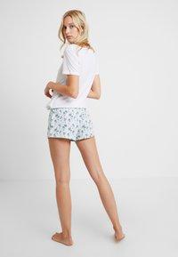 Etam - CATLYN SHORT - Pyjamasbyxor - bleu - 2