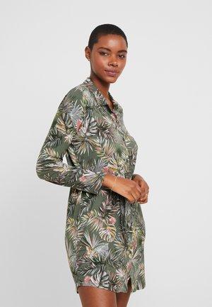 LYANA LIQUETTE - Noční košile - khaki