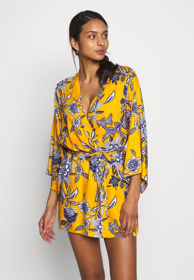 BELLADONE DESHABILLE - Dressing gown - bouton d'or