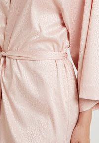 Etam - FORENTINE DESHABILLE - Dressing gown - rose - 5