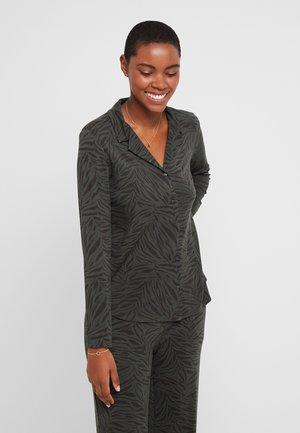 LYANA CHEMISE - Pyjamasoverdel - kaki
