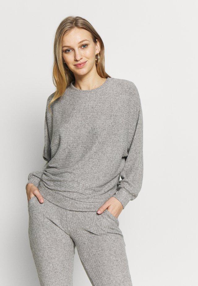 MAYA LOUNGEWEAR - Pyjama top - gris