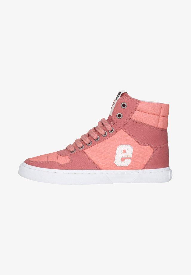 Skate shoes - light pink