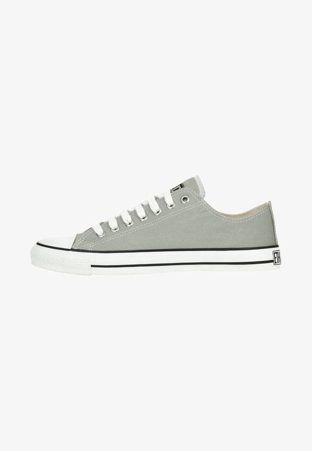FAIR TRAINER WHITE CAP LO CUT - Trainers - grey