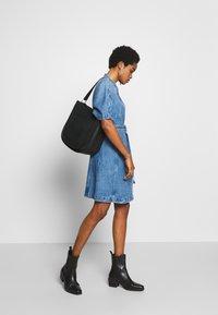 Ética - ELODIE - Denim dress - blue - 1