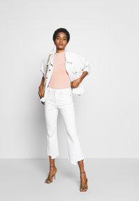 Ética - JUNE - Denim jacket - sustainable white - 1