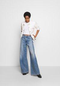 Ética - DEVON - Flared Jeans - titanic blue - 1