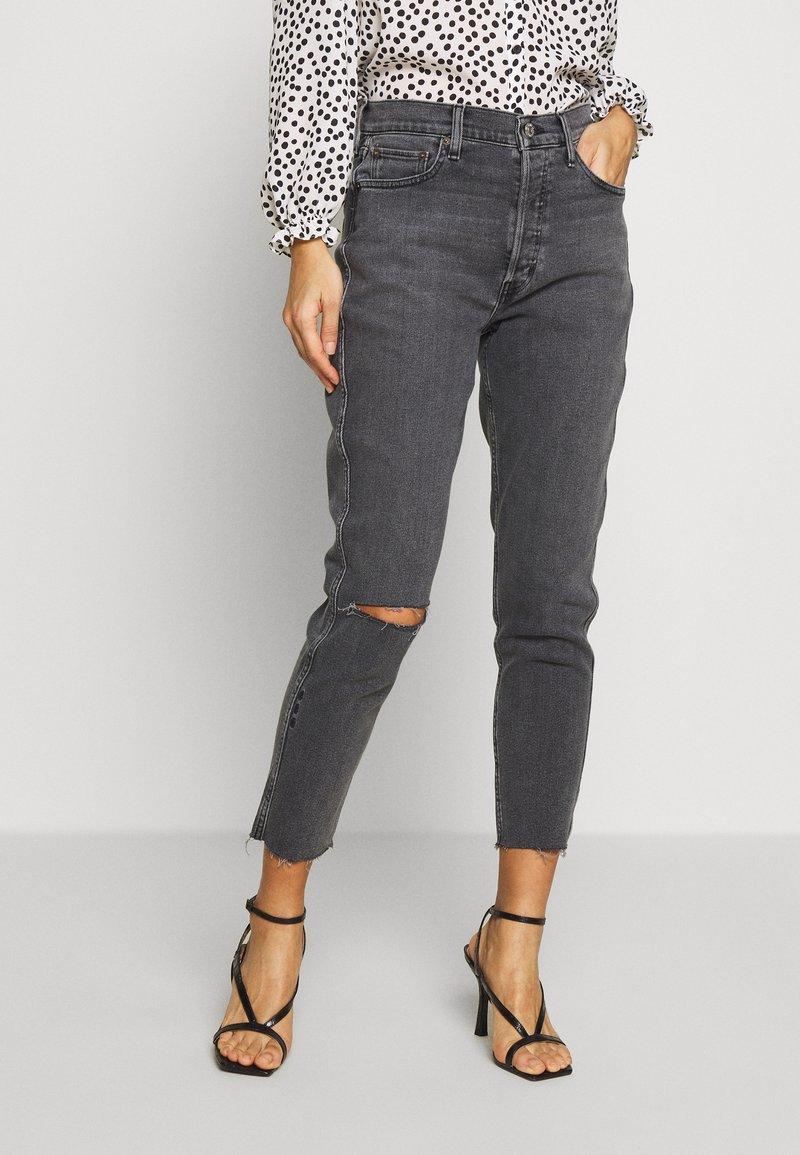 Ética - ALEX ANKLE - Jeans Tapered Fit - black denim