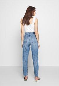 Ética - ALEX - Relaxed fit jeans - destroyed denim - 2