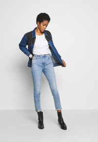 Ética - GISELLE - Jeans Skinny Fit - hotel california - 1