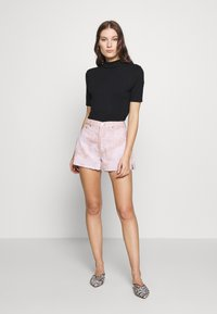 Ética - SYDNEY - Denim shorts - bougainvillea watercolor - 1
