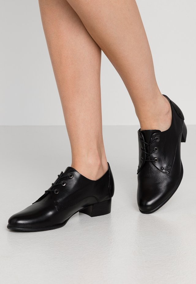 BRANDY - Veterschoenen - black