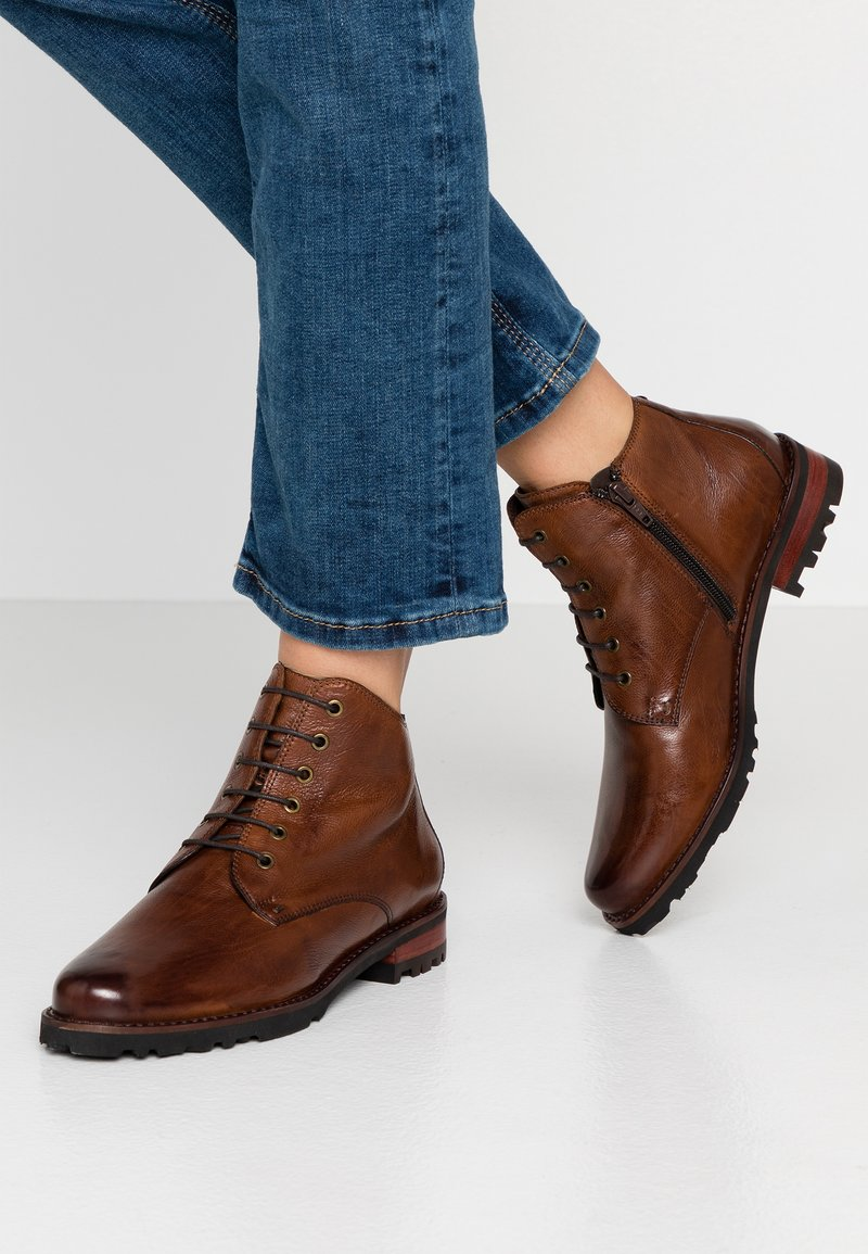 Everybody - Ankle boot - cognac