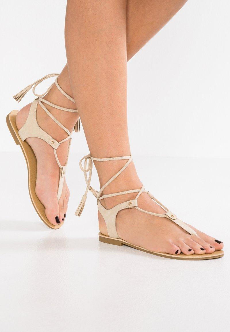 Even&Odd - T-bar sandals - sand
