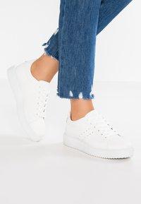Even&Odd - Sneakers basse - white - 0