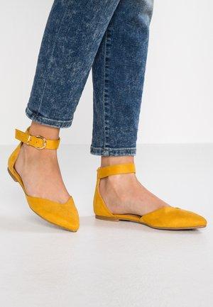 Baleríny s páskem - yellow