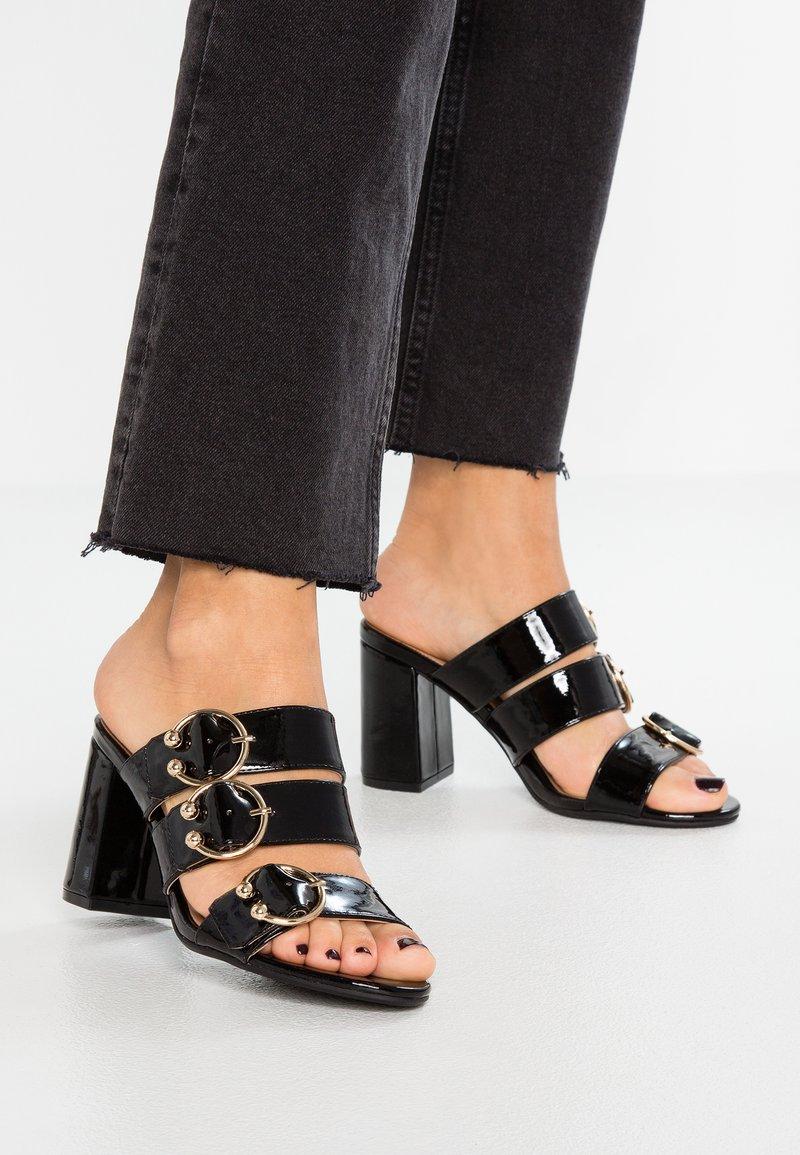 Even&Odd - Pantofle na podpatku - black