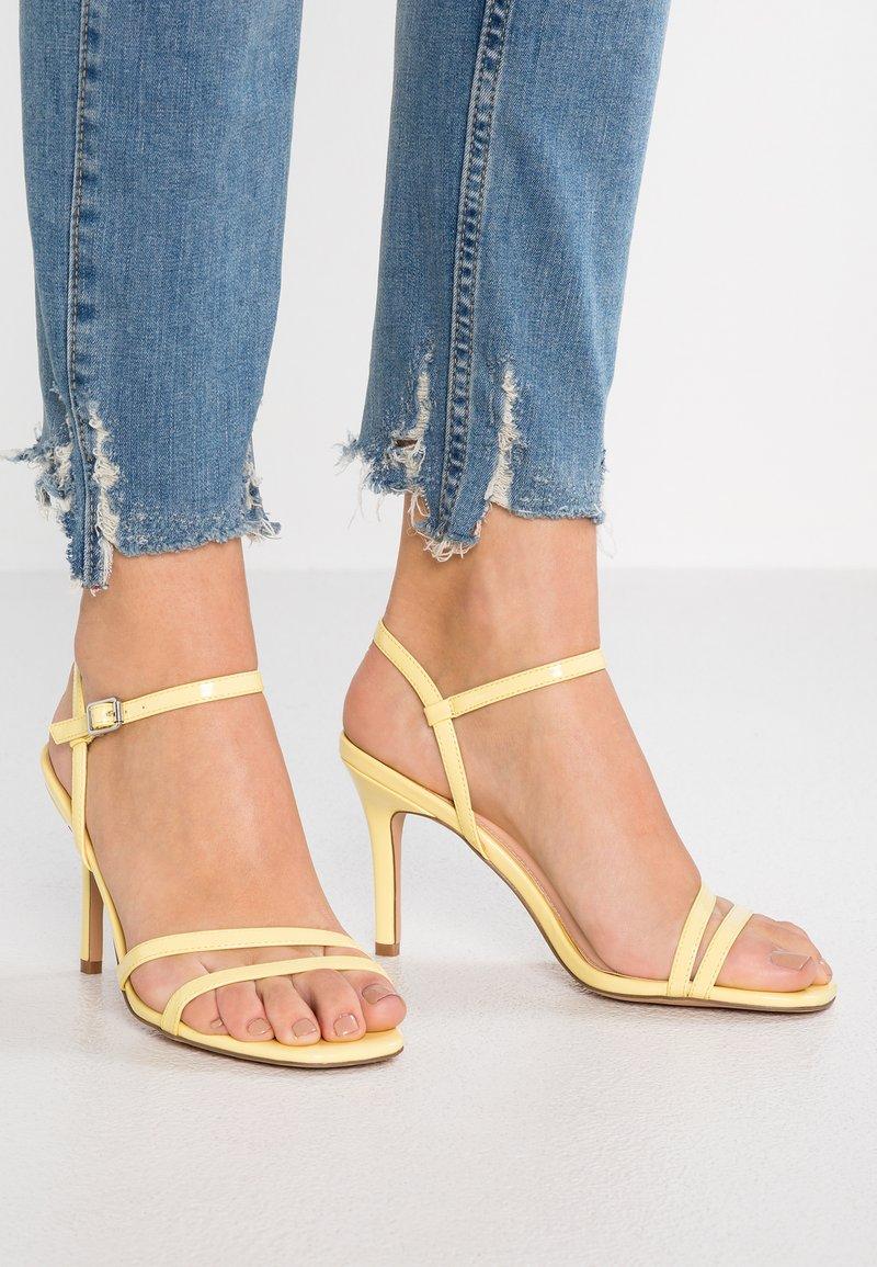 Even&Odd - High Heel Sandalette - yellow