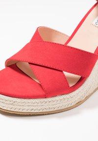 Even&Odd - Korolliset sandaalit - red - 2