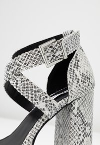 Even&Odd - High heeled sandals - grey - 2
