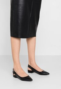 Even&Odd - Slingback ballet pumps - black - 0