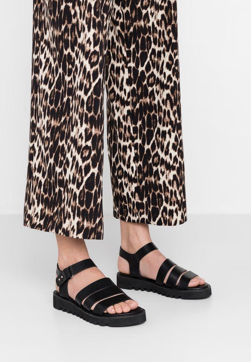 Even&Odd - Korkeakorkoiset sandaalit - black