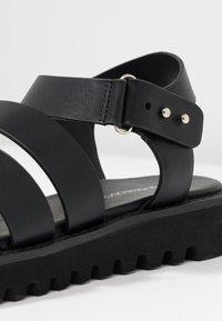 Even&Odd - Korkeakorkoiset sandaalit - black - 2