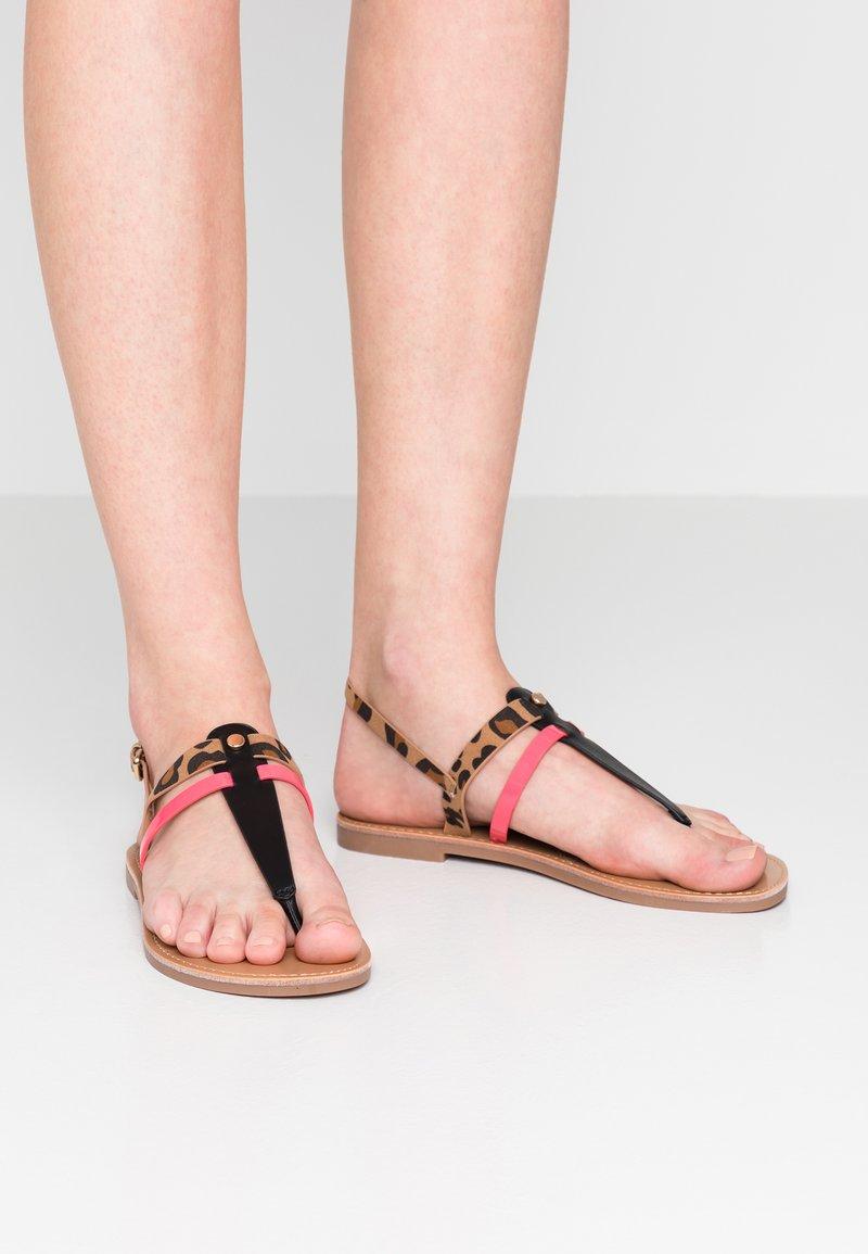Even&Odd - Sandály s odděleným palcem - black