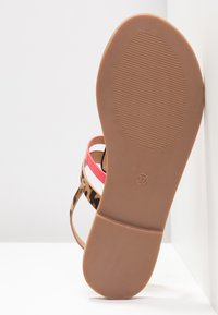 Even&Odd - Sandály s odděleným palcem - black - 6