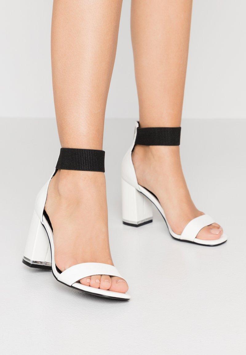 Even&Odd - Sandalen met hoge hak - white